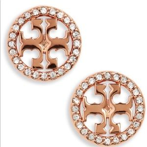 New Tory Burch crystal logo earrings rose gold
